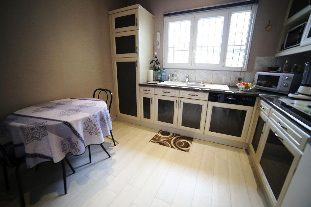 A vendre Maison Fontenay sous bois 160 m u00b2 L'Adresse FONTENAY # Casse Fontenay Sous Bois